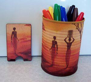 Sous-verre, porte-crayons