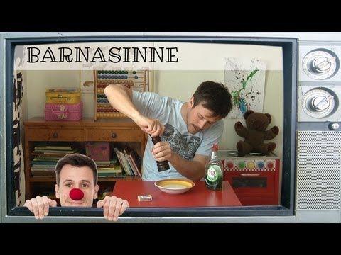 Experiment med ytspänning och diskmedel [Barnasinne #2] - YouTube
