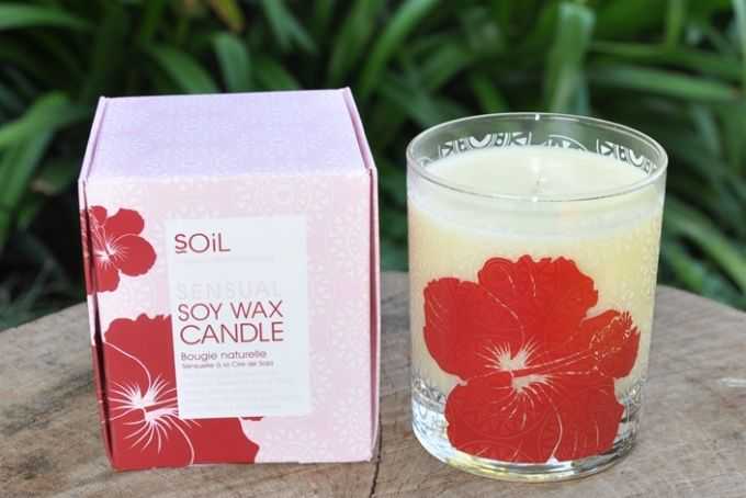 Sensual Hibiscus Soy Wax Candle by Organic Choice on hellopretty.co.za