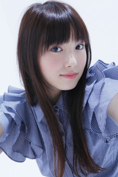 ファッションモデル!飯豊まりえの美人でかわいい高画質な画像!