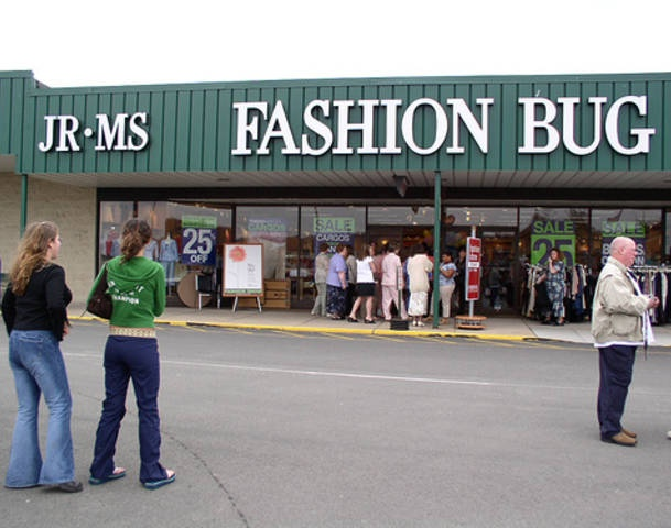 The Fashion Bug closed its final store in Lewiston, Mass. What a sad