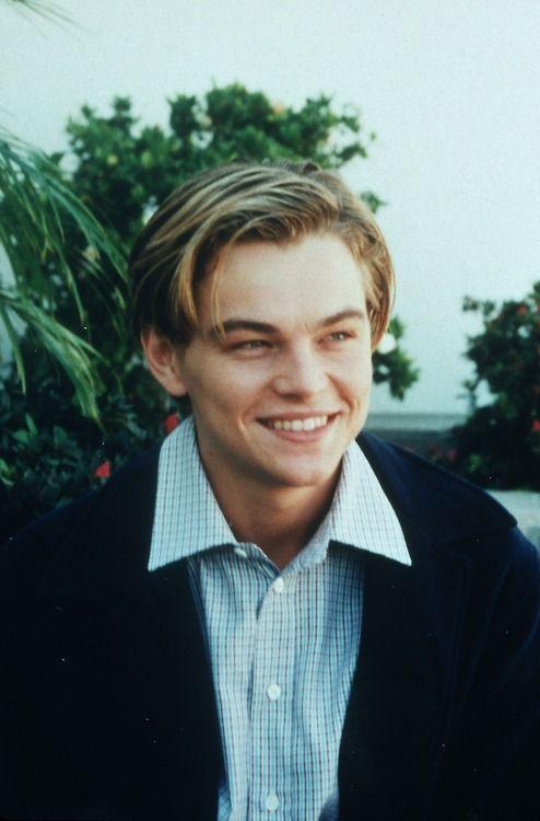 Damn he was so cute when he was young!!!! Daaaaammmmmnnn