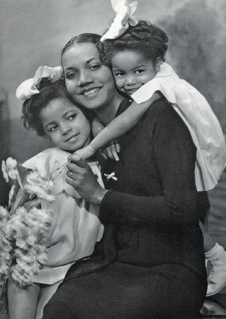 Mother and Daughters 1940s