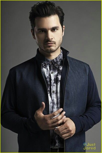 Michael Malarkey | Ethnicity: Irish, American, British, Born: Lebanon