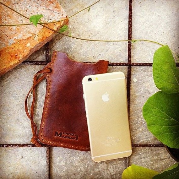 Pouch dayak warrior for iPhone 6