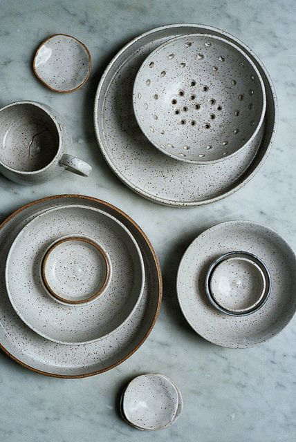 We're thinking Christmas dinner table settings with these beautiful pieces.