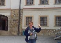 Pani Ilona Kubiak opisuje zatwierdzenie Kodeksu 2.0 w Gimnazjum nr 1 w Pleszewie. Uczniowie i nauczyciele mogli zapoznać się z poszczególnymi punktami kodeksu, dzięki plakatom rozwieszonym w szkole oraz wpisom na szkolnym blogu. Rodzice zostali poinformowani o akcji podczas wywiadówki. http://szkolazklasa2013.ceo.nq.pl/dokument_widok?id=3185