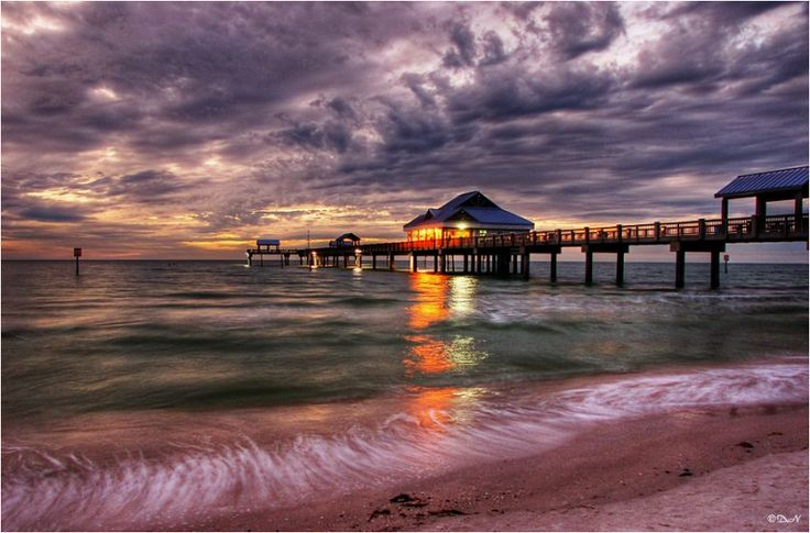 Clearwater Beach has got to be one of the greatest beaches I have been to. Pier 60 is so much fun!: Pier 60, Clearwater Beach Florida, Spaces, Beaches, Favorite Places, Sunset, Travel, Ive