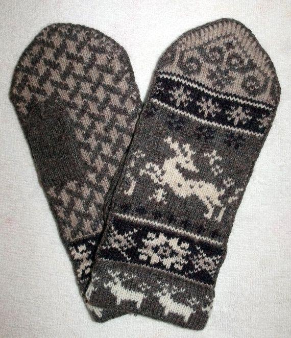 Norwegian Scandinavian hand crafted 100% Wool Mittens, folk art, Reindeer M...