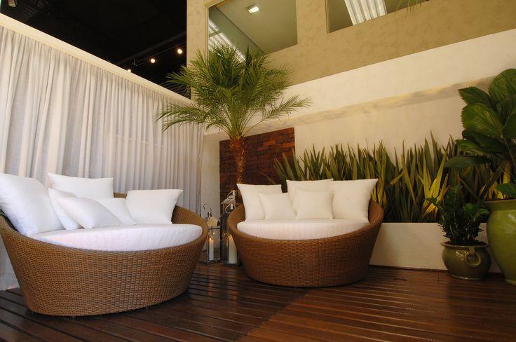 Salão de Design | Amazônia 2010 : Varandas, alpendres e terraços modernos por Folha Paisagismo