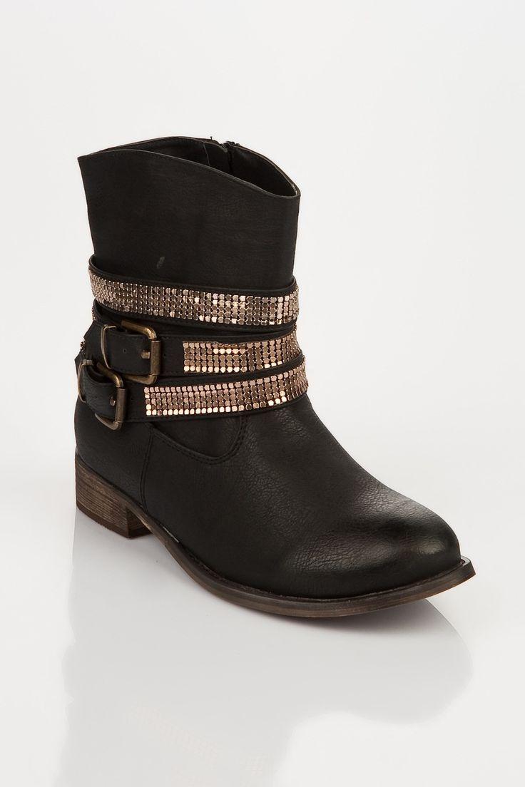 İndirimli Kadın Çizme Modelleri Jumex Siyah Bayan Bot 101 100-285 Fiyat : 49.90 TL http://senintrendin.com/bot/siyah-bayan-bot-101-100-285