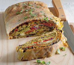 Strudel di verdure, pane aromatico e mozzarella ricetta