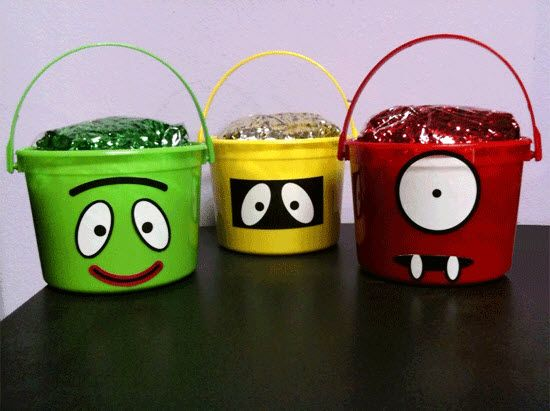 yo gabba - Print characters' features on adhesive paper and stick on solid colour buckets, banners, presents, etc