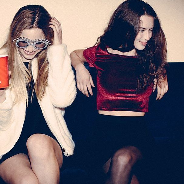 Good vibes only ✌️#subdued #subduedgirls #subduedusa #holidayparty