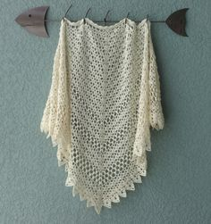 Seems Like Old Times shawl, free pattern from Michelle DuNaier. Two sizes…