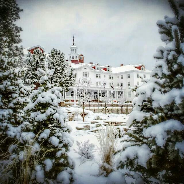 stanley hotel, book inspiration, inspiration for literature, stephen king, the shining, colorado