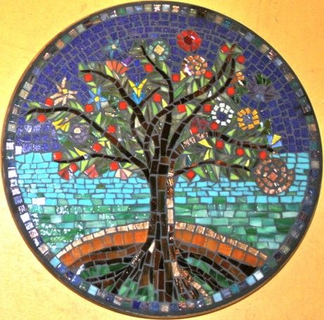 nice detail tree #mosaic  Repined By    http://www.mosaicmosaic.com/