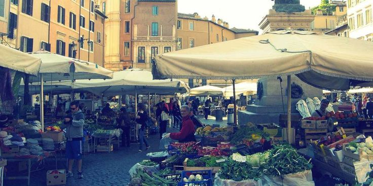 Travel bloggers, tour guides, Romans, and experts reveal the best things to see and do in Rome.