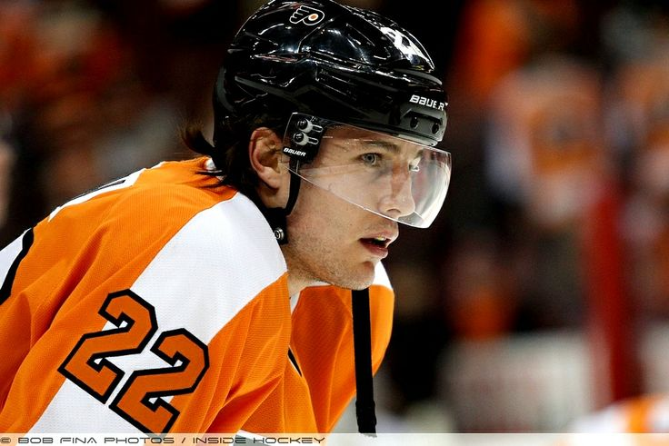Luke Schenn, Philadelphia Flyers