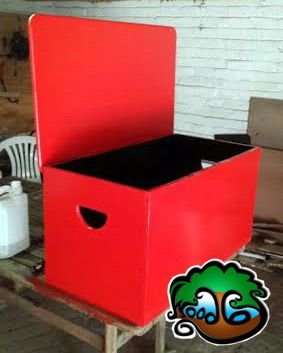 wooden toybox painted red.  by Woodby. Johannesburg, SA woodby.co.za