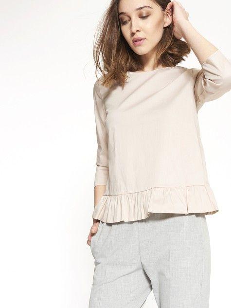 Blusa peplum con fiocco dietro  #MotiviFashion su http://www.motivi.com/it/shop-online/abbigliamento/bluse-e-camicie/blusa-peplum-con-fiocco-dietro.html