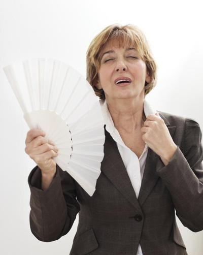 Sintomas da menopausa atingem mais as mulheres obesas:  http://guiame.com.br/vida-estilo/saude/sintomas-da-menopausa-atingem-mais-mulheres-obesas.html