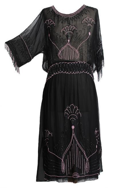 1926 Art Deco Dress (designer unknown). Image via Vintage seekers