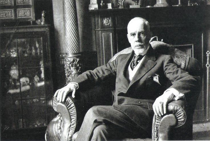 Manuel Teixeira Gomes foi o sétimo presidente da Primeira República Portuguesa de 6 de Outubro de 1923 a 11 de Dezembro de 1925. Representante do Partido Democrático. Nascimento: 27 de maio de 1860, Portimão Falecimento: 18 de outubro de 1941, Bugia, Argélia