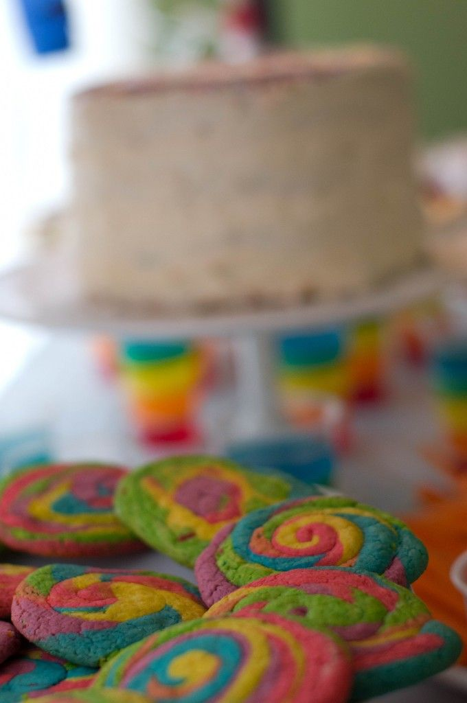 Rainbow Swirl Cookies at this Art Party - #partytreats