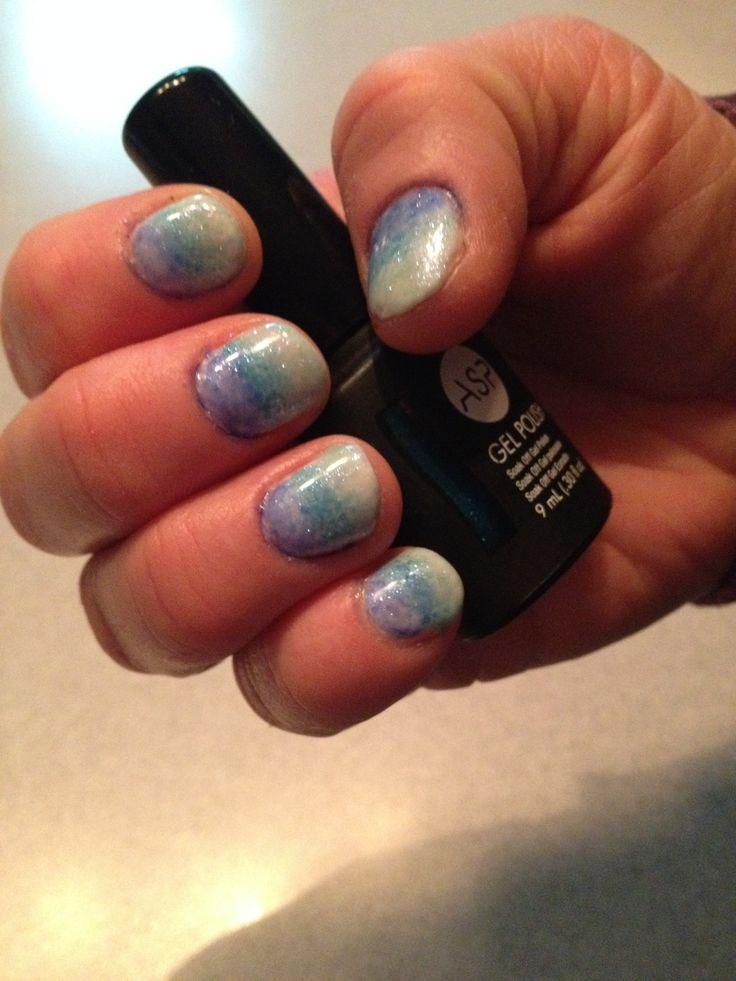 Gradient Gell nails. Dec 31, 2013.