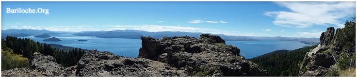 Hola! Un día muy lindo en Bariloche, 16º. Compartimos esta foto de hace un ratito desde el cerro Otto!    Foto: www.bariloche.org