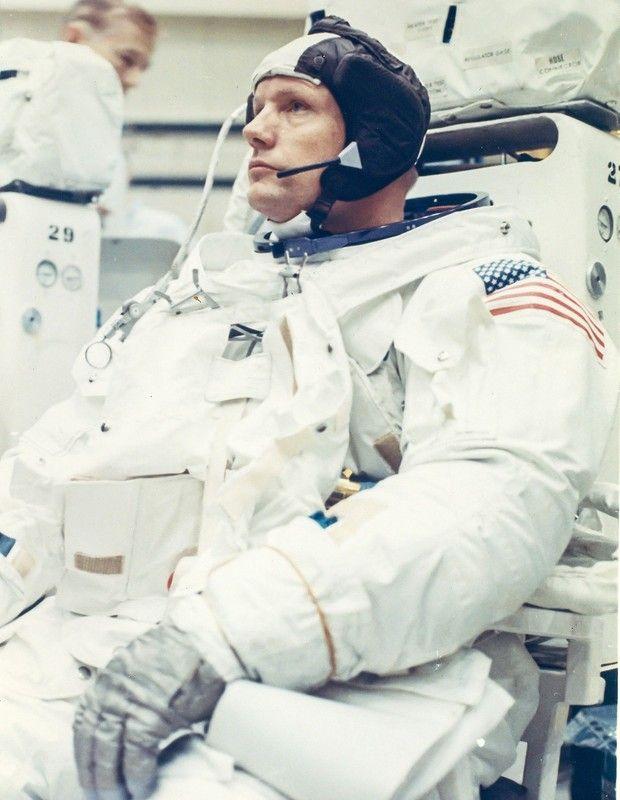 1969. Астронавт Нил Армстронг, командир