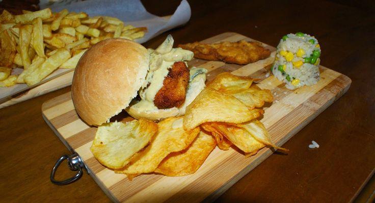 Έμπνευση και Δημιουργία: Κοτόπουλο πανέ με ψωμάκια μπριός !!!