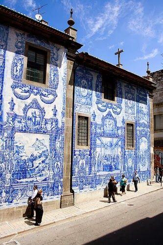 Azulejos - Porto, Portugal. #VelvetCompass #VelvetCompassTravels #TeresaTravels