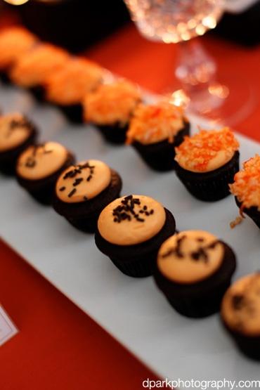 Halloween Dessert: Mini Cupcakes, Cakes Desserts Design, Minis Cupcakes, Cupcakes Treats