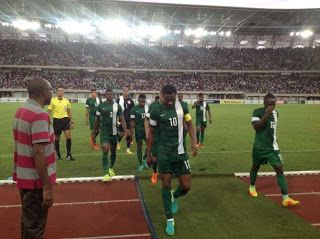 Super Eagle Players & NFF At War Over 10m Reward Received From Akwa Ibom Government   Whatsapp / Call 2349034421467 or 2348063807769 For Lovablevibes Music Promotion   The NFF have ensured that the N10m reward received from the Akwa Ibom State Government is to be used as camp allowances instead of gift as intended by the Akwa Ibom Government. Super Eagles players and the Nigeria Football Federation (NFF) are at war over the N10m gift from the Akwa Ibom State Government for their 1-0 victory…