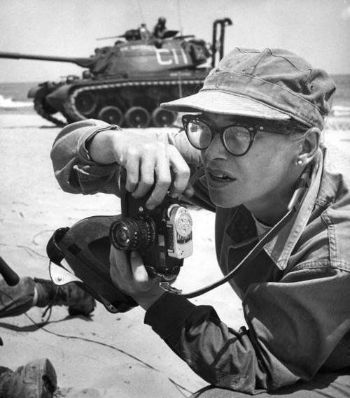 robert capa - Cerca con Google [this is the caption as it came in my feed: this is NOT a Capa photo. It was taken in July of 1959: Dickey Chapelle, combat photographer. This is her favorite photograph of herself at work.She would die in Vietnam in 1965.]
