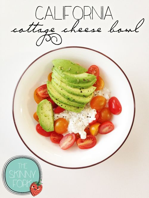 California Cottage Cheese Bowl - A perfectly light and easy to throw together lunch idea that is well under 300 calories! Half it for a fantastic little snack. Delicious!