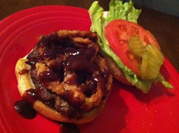 BBQ Bacon Burger Recipe. Grilled burger has bacon pieces, Monterey Jack Cheese, green onion, and Worcestershire Sauce in the meat! Sooo good!