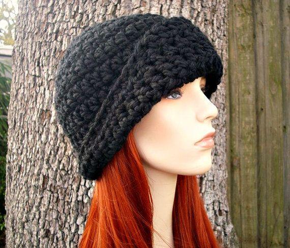 Instant Download Crochet Pattern - Hat Crochet Pattern - Crochet Hat Pattern for The Garbo Cloche Hat - Womens Hat