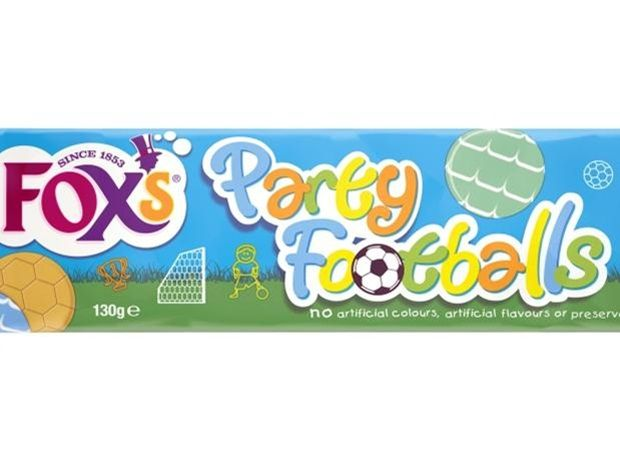 Fox's Biscuits revamps Party Rings in time for World Cup #packaging