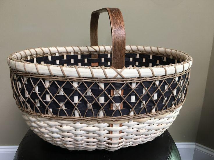 76 pattern by Deb Mroczenski, woven by Valentina Hall