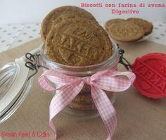 """I famosi biscotti Digestive nella versione """"home made"""": biscotti con farina d'avena! Ottimi direi!"""