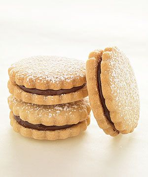 #Chocolate-Hazelnut Sandwiches / 10 Ways with Sugar Cookie Dough / Real Simple