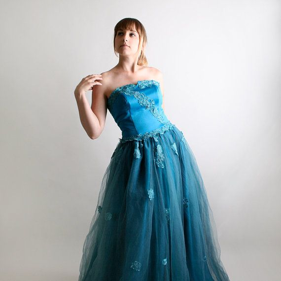 Vintage Strapless Wedding Dress Lush Teal Winter Ice by zwzzy, $350.00