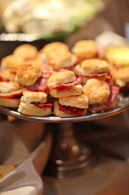 mini ham biscuits, mmm put some good cheese on there and that sound perfect, maybe a touch of honey too