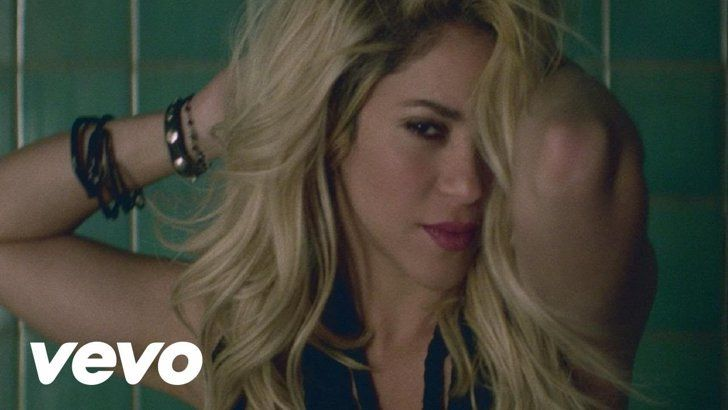 "Pin for Later: 15 Shakira Music Videos That Are Too Hot to Handle ""Dare (La La La)"""