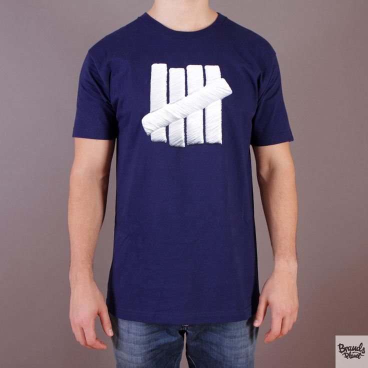 Granatowa koszulka Undefeated Embroidery Strike T-shirt Navy  / www.brandsplanet.pl / #undefeated #UNDFTD