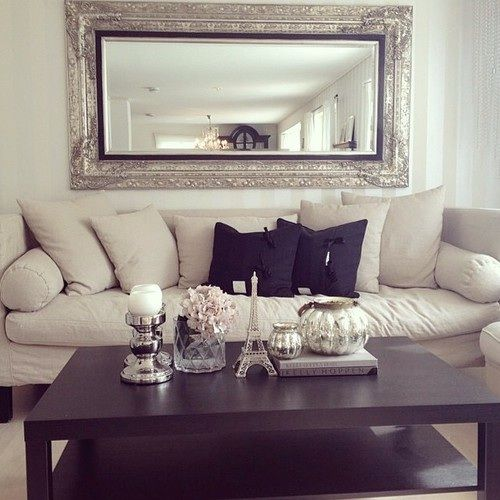 I love the mirror, need to find something like it for our livingroom (or maybe the TV room)!