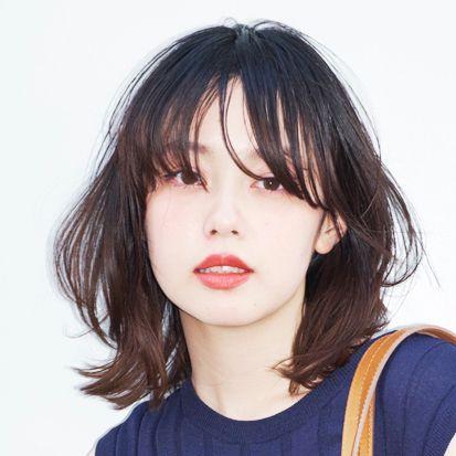 モデルだけにとどまらず、近年では女優としても活躍の場を広げている青柳文子が、今季デビューしたばかりの注目ブランド「RIM.ARK(リムアーク)」のリブワンピースを着回し!